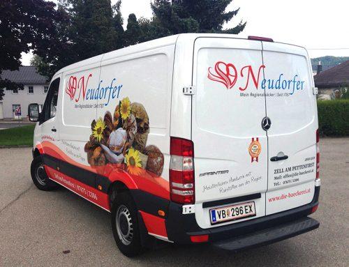 Beklebung Neudorfer Bus